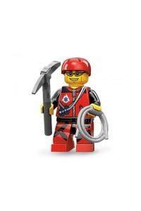 Лего Минифигурка Альпинист, 71002