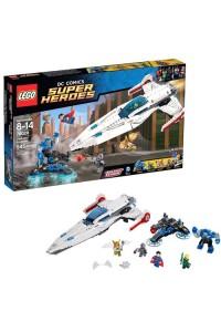 Лего Супер Герои Вторжение Дарксайда, 76028