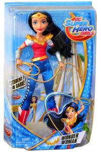 Кукла Super Hero Girls Вандер Вумен Базовая DLT62